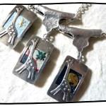 銀のきりんのペンダント3種