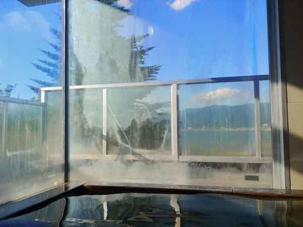 諏訪湖SAの温泉