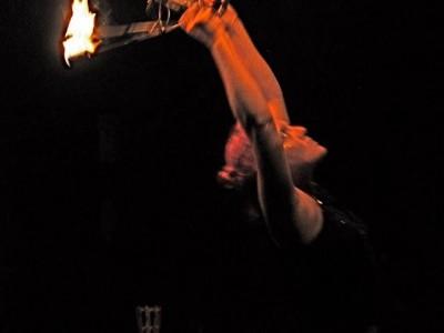 UKHG me fire fans