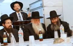 L-R Harav Eliezer Yehuda Finkel, Harav Nachman Levovitz and Rav Nechemia Langer listening to Rav Mordechai Grunwald at the breakfast held in their honor