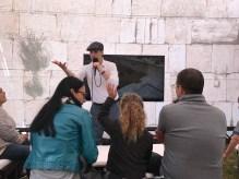 Israeli Tour Guide Yehuda Deutsch giving a Western Wall Virtual Tour