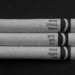 Black and White?    ¿Blanco y negro?