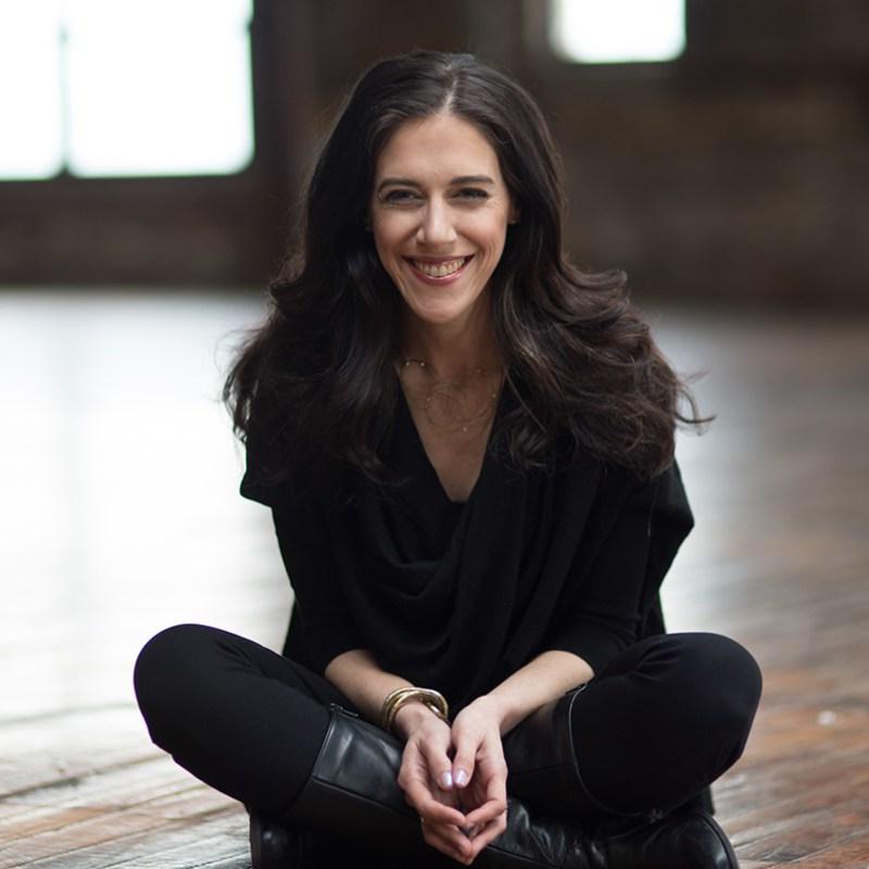 Episode 14: Amanda Steinberg, Author of WORTH IT