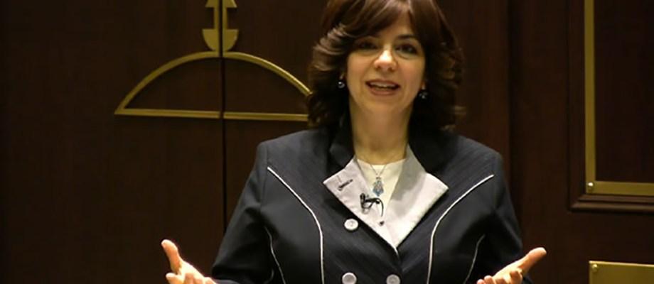 Nomi Freeman on Jewish Latin Princess Podcast