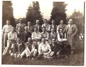 Members of the Jewish Institute at a Golf Outing.  Supplied courtesy of Scottish Jewish Archives Centre ©
