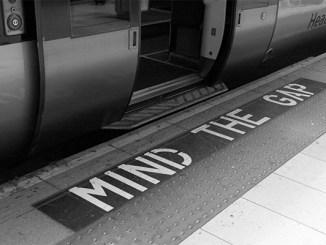 London Underground, 2008. Copyright ©2008 Steve Lubetkin. Used by permission.