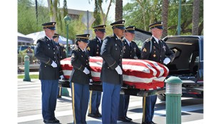An Honor Guard carries the casket of Sen. John McCain, as they prepare to place his remains in the Arizona State Capitol, Aug. 29, Phoenix. (U.S. Army Photo by Alun Thomas, USAREC Public Affairs)