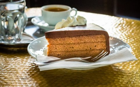 Real Sachertorte by Leschanz the chocolate king at Cafe Schwarzenberg in Vienna (closer)