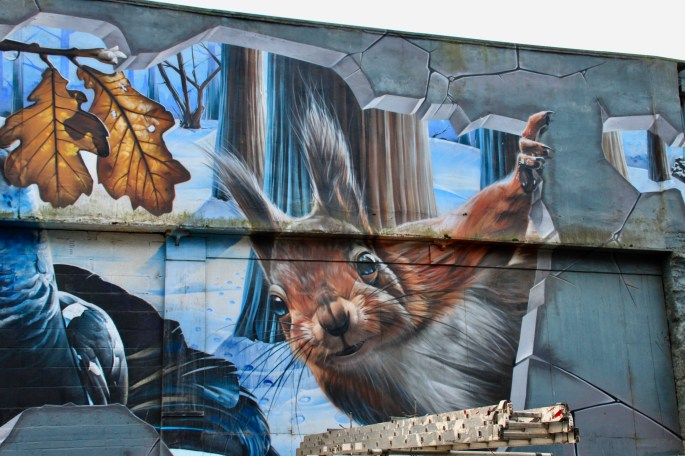 Nature mural in Merchant City, Glasgow
