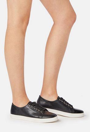 Lenore Sneaker