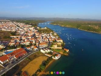 Castelo e rio Mira