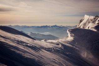 Chamonix_ Vue sur les Alpes depuis Le Mont-Blanc de Courmayeur