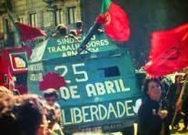 Revolução dos Cravos, em 1974.
