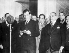 """Salazar, no período conhecido como """"Estado Novo""""."""
