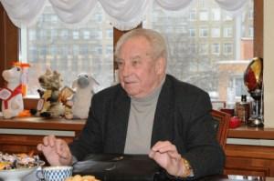 NIkolai Leonov,