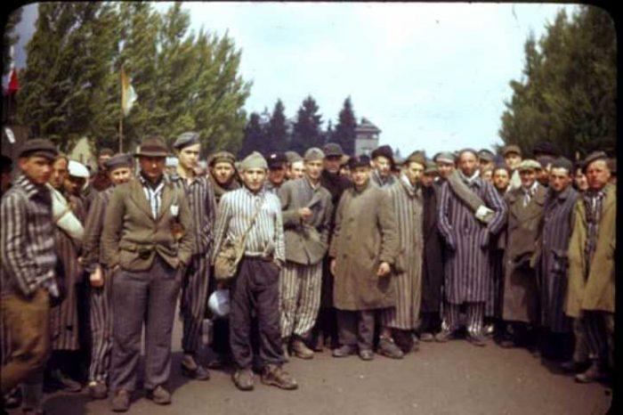 https://i1.wp.com/jforum.fr/wp-content/uploads/2017/06/Prisonniers-de-guerre-juifs_721_481-700x466.jpg