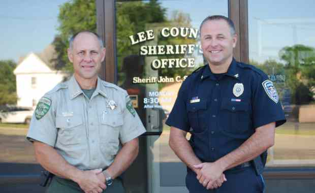 Lee County Sheriff John Simoton (left) and Dixon Police Chief Dan Langloss (right). (Courtesy Photo)