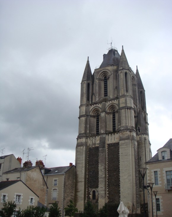 The Tower of Saint-Aubin is all that survives (in addition to part of the cloister, now part of the modern Préfecture de Maine-et-Loire) of the great Angevin abbey (© author)