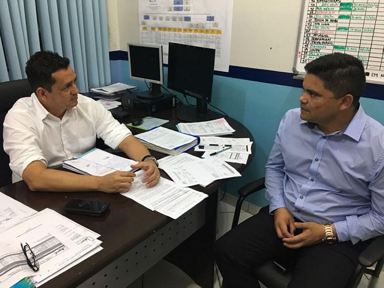 BAIRRO NOVO E VILA DNIT – Deputado Jesuíno se reúne com Diretor da CAERD e trata sobre suspensão de cobranças de tarifas