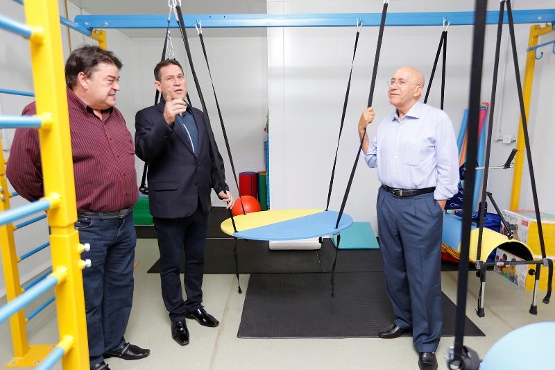 Maurão de Carvalho conhece estrutura do Centro de Reabilitação de Rondônia