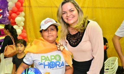 ESCOLA OLAVO PIRES Vereadora Ada Dantas participou de entrega de certificados do PROERD
