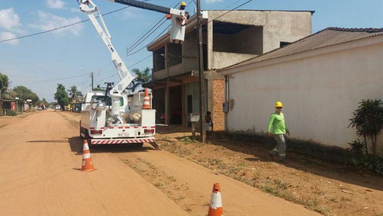Júnior Cavalcante tem pedido atendido de iluminação pública no bairro São Francisco
