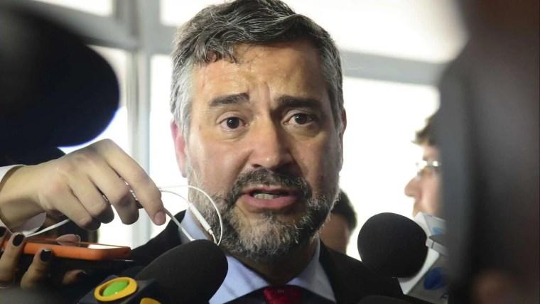 'Lula será candidato em qualquer cenário', diz líder do PT na Câmara
