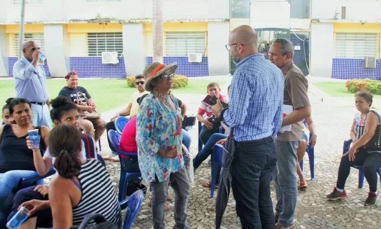Aleks Palitot acompanha segunda rodada de negociações entre Executivo e Sintero