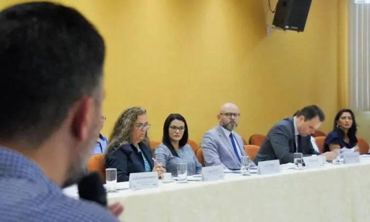 EVENTO: Professor Aleks Palitot participa de encontro de Educação