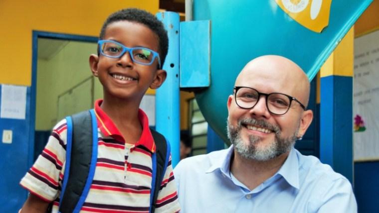 Aleks Palitot cobra atendimento em saúde nas escolas municipais
