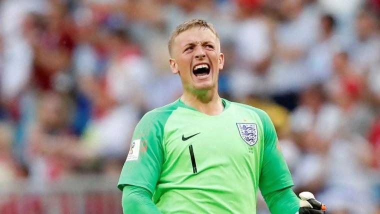 Inglaterra derrota Suécia e volta a semifinal após 28 anos