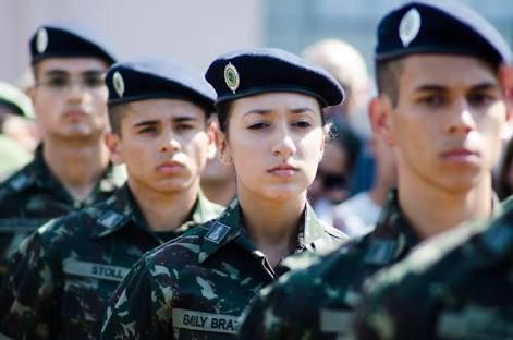 Exército abre 143 vagas para oficial. Salário inicial é de R$ 8,2 mil