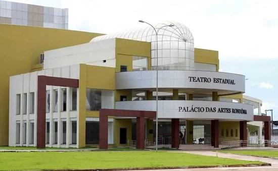 VERGONHA – Teatro estadual espanta produtores e tem problemas estruturais