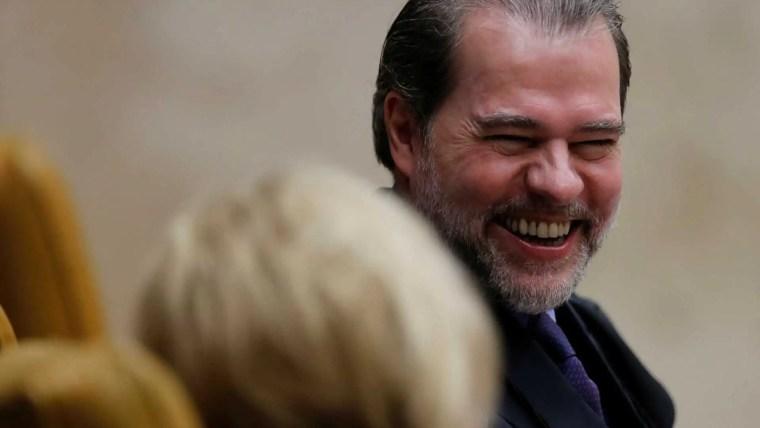 Dias Toffoli assume a presidência do STF nesta quinta; Cármen sai