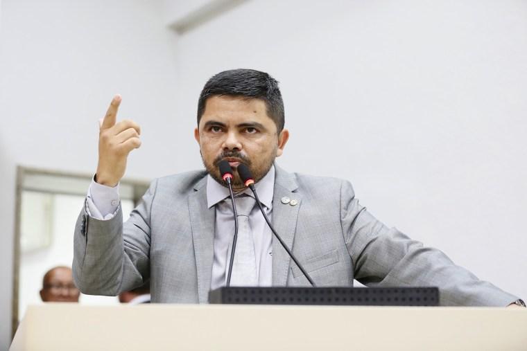 Jesuíno Boabaid critica comando da PM e cita possível conspiração