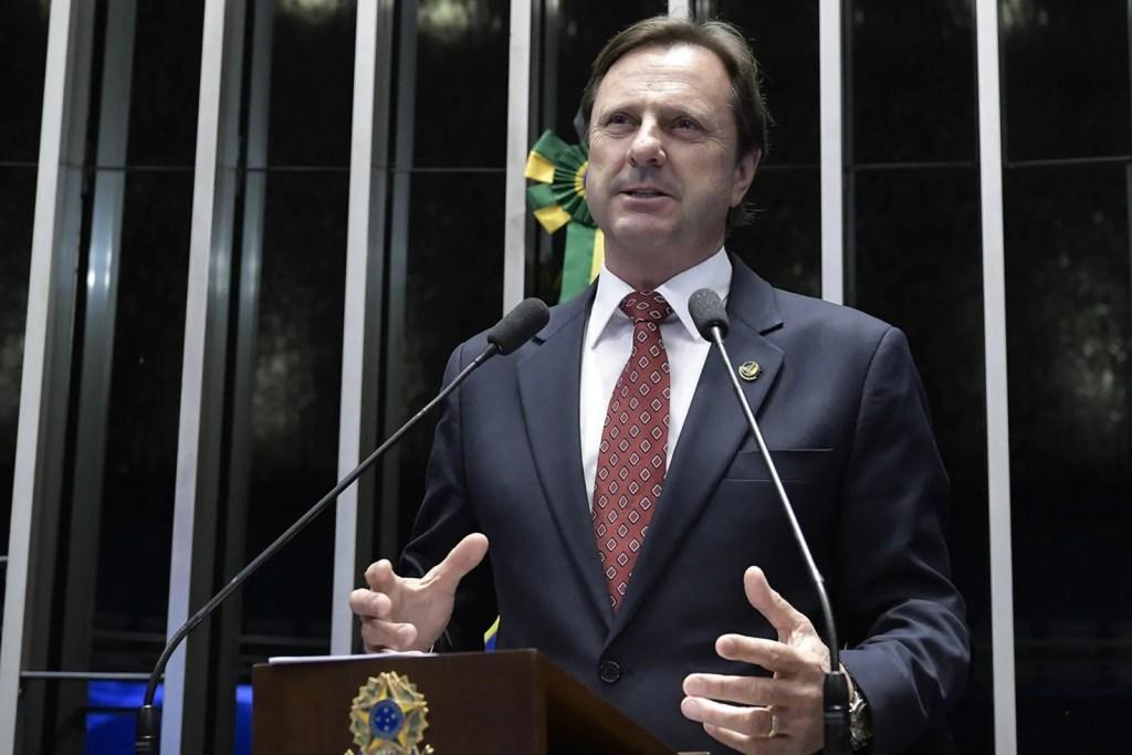 PRESO – Acir Gurgacz é 'barrado' em saidão de Brasília
