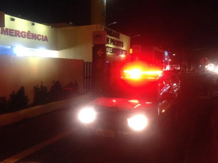 BALEADO – Tentativa de roubo de veículo quase termina em assassinato