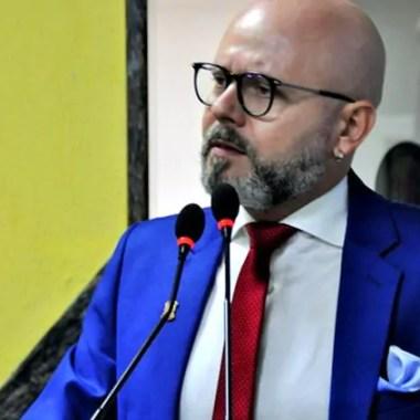DESAMPARO: Professor Aleks Palitot fala sobre saúde na capital