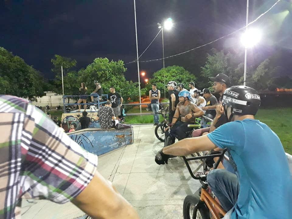 CAPITAL – Campeonato de BMX é realizado no Skate Parque