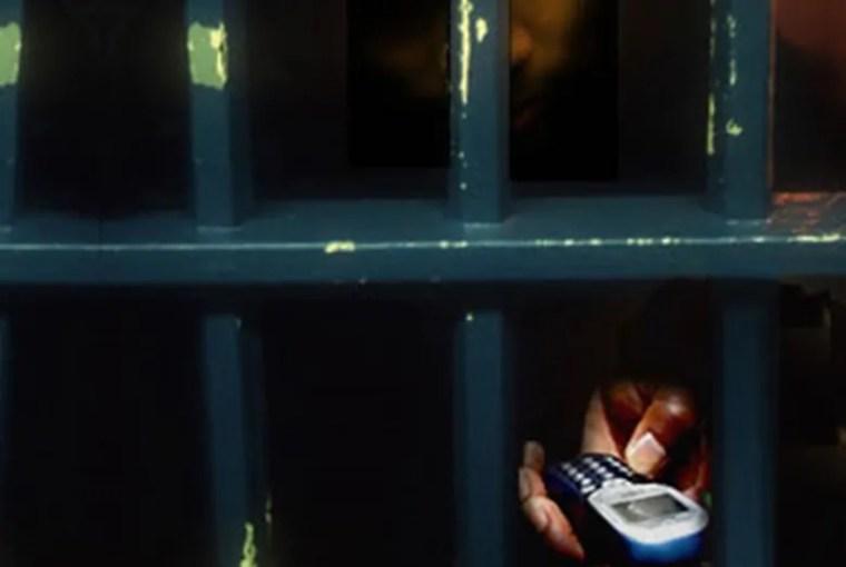 SEM COMUNICAÇÃO – Finalmente Senado aprova projetos que bloqueiam celulares em presídios