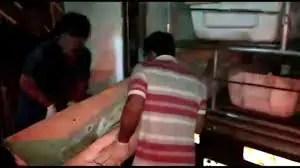 Homem é assassinado com várias facadas durante briga na zona Leste