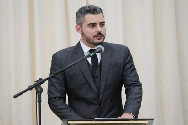 MP investiga prefeito de Ariquemes por favorecimento à enriquecimento ilícito de servidores