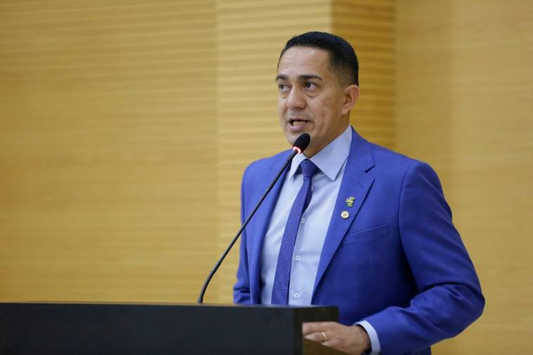 ABERTURA DO LEGISLATIVO – Líder do Governo, Eyder Brasil pede sabedoria aos deputados pelo melhor para Rondônia