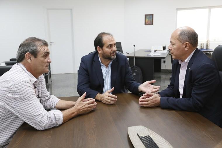 Coronel Chrisóstomo confirma ligação entre Porto Velho e Manaus durante encontro com presidente Laerte Gomes