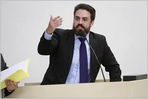 Léo Moraes vai ao TRF e ao Ministério de Minas e Energia contra aumento da tarifa