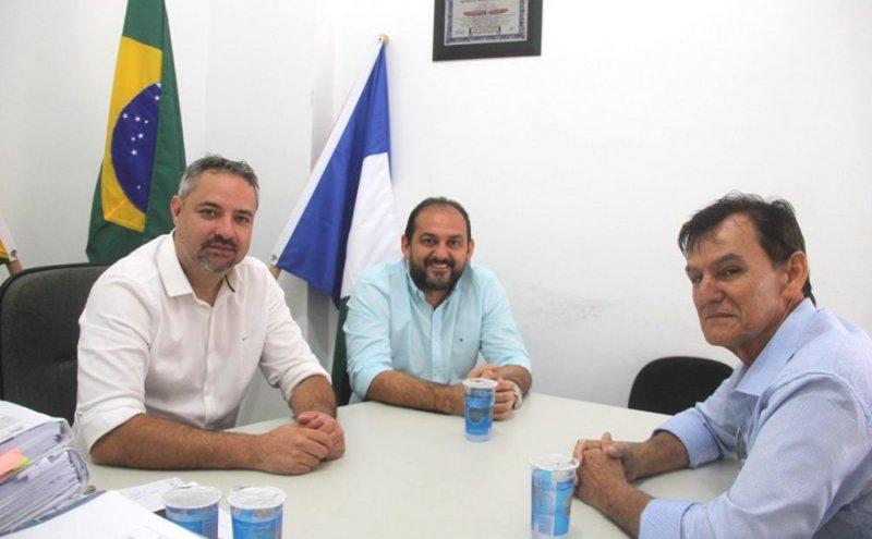 Laerte Gomes visita Ouro Preto do Oeste e firma compromisso com o município