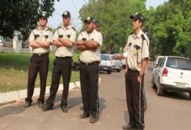 SEGURANÇA- Escolas públicas podem ter retorno de vigilantes armados