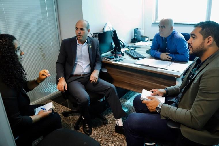 Ismael Crispin busca agilidade no processo de regularização fundiária