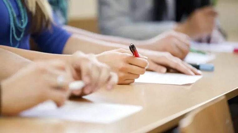 Unir abre inscrições nesta segunda para preencher 24 vagas com salários de até R$ 9 mil