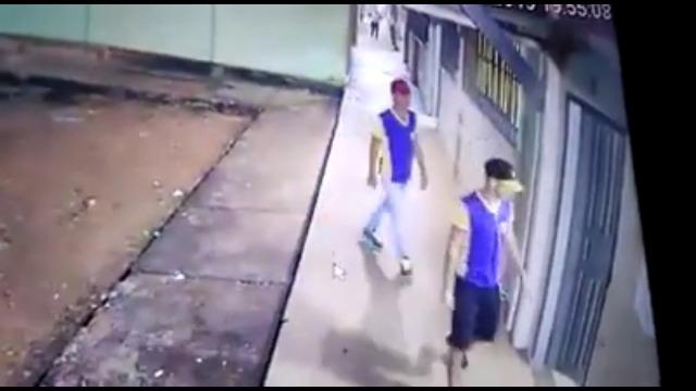 Bandidos invadem Escola e roubam 50 celulares de alunos e professores